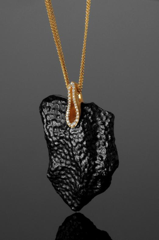 BLACK GLOSS NECKLACE Kopia